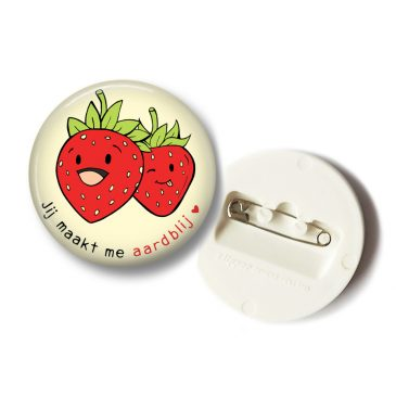 Fruit-button-aardbij-grappig-DewyCreations by .