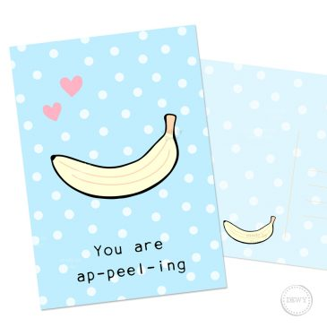 Kawaii-banana-polkadots-postcard-DewyCreations