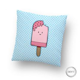 Kussensloop-ijsje-kinderkamerB by Dewy Venerius.