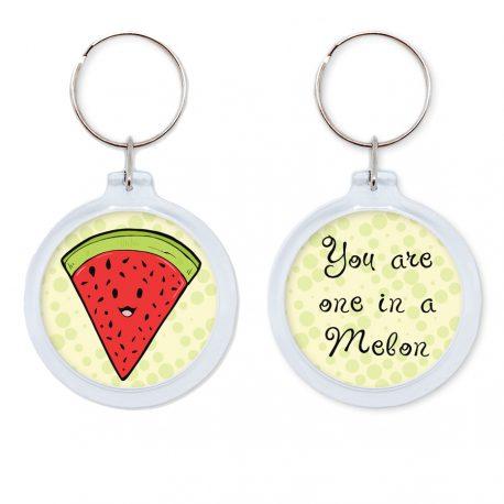 Watermeloen sleutelhanger by Dewy Venerius.